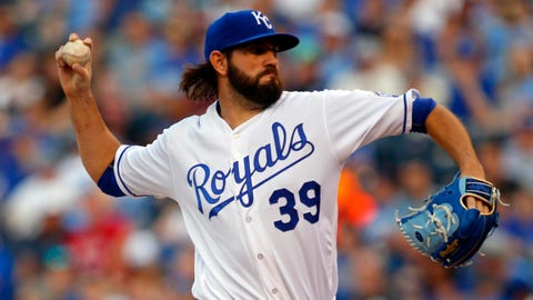 Royals halt Astros' 11-game win streak