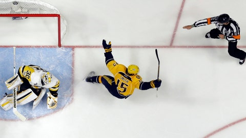 Another rough start for Preds' Rinne